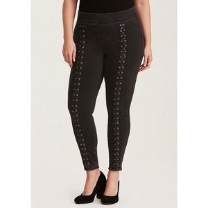 Torrid Lace Up Jeggings Skinny Jeans Gray Wash
